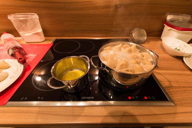 Fertig gekochte Schlipfkrapfen