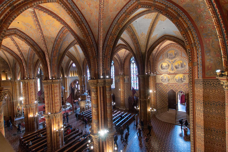Kirchenraum von der Gallerie aus