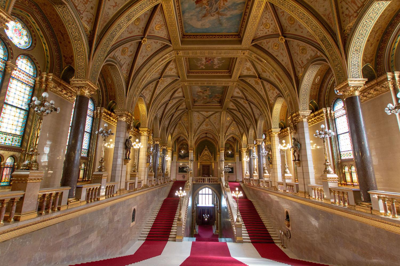 Haupt-Stiegenhaus des Parlaments