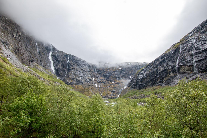 Auf der Fv63 Richtung Trollstigen
