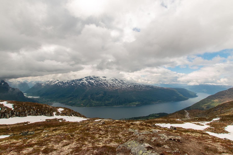 Traumhafte Aussicht auf den Innikfjord
