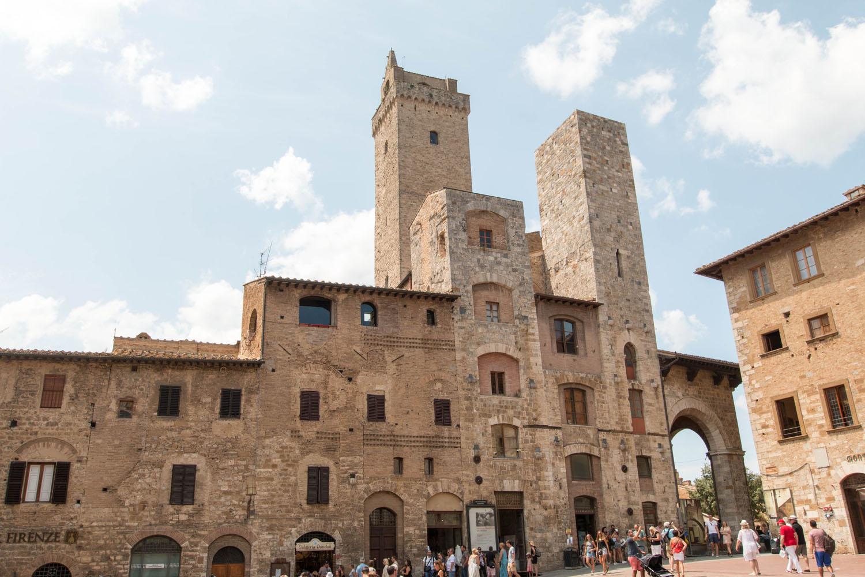 Blick von der Piazza della Cisterna