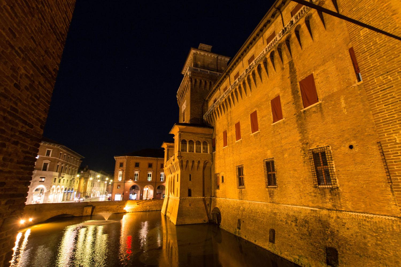 Wassergraben rund um das Castello
