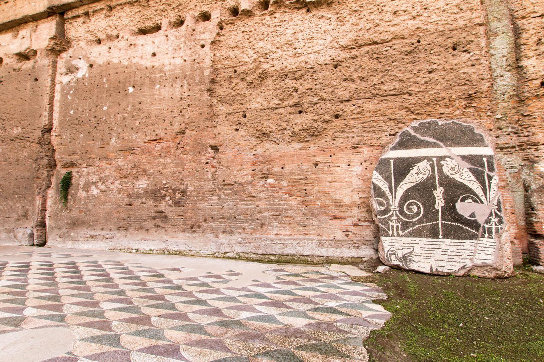 Reste von Mosaikfußböden