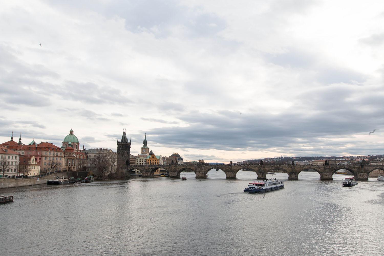 Blick auf die Karlsbrücke...