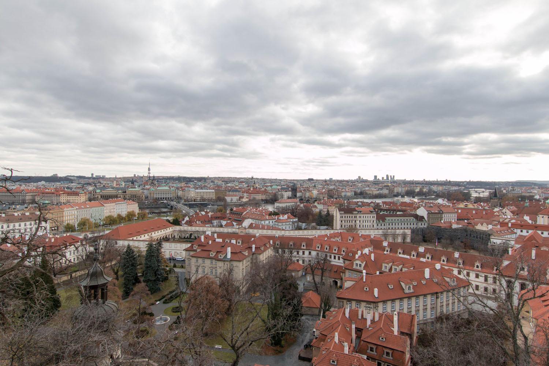 """Blick von der """"Treppe zur alten Burg"""" auf die Stadt"""