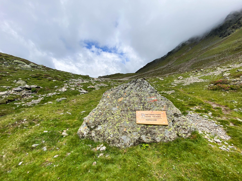 Beginn der Kernzone des Nationalparks Hohe Tauern, Debanttal