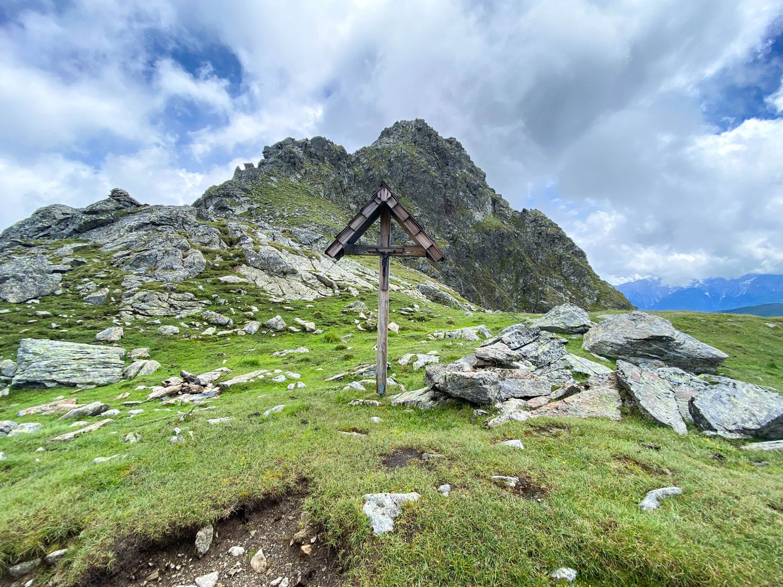 Marterl auf der Unteren Seescharte, Debanttal, Wangenitzseehütte