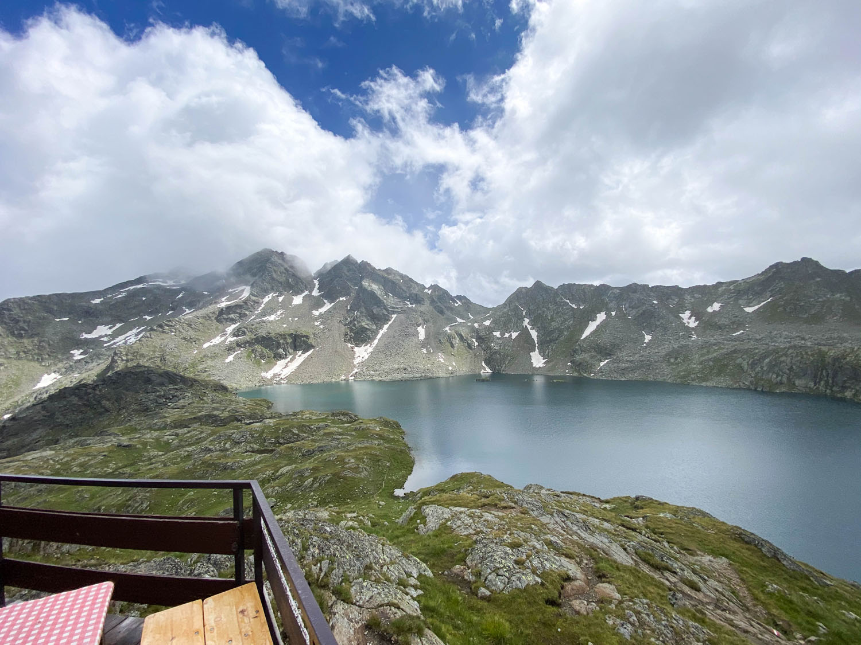 Ausblick von der Sonnenterrasse auf den Wangenitzsee, Wangenitzseehütte, Debanttal